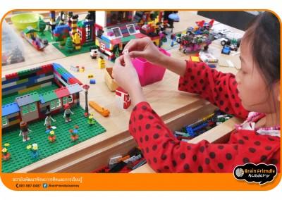 11-lego-creativitylab